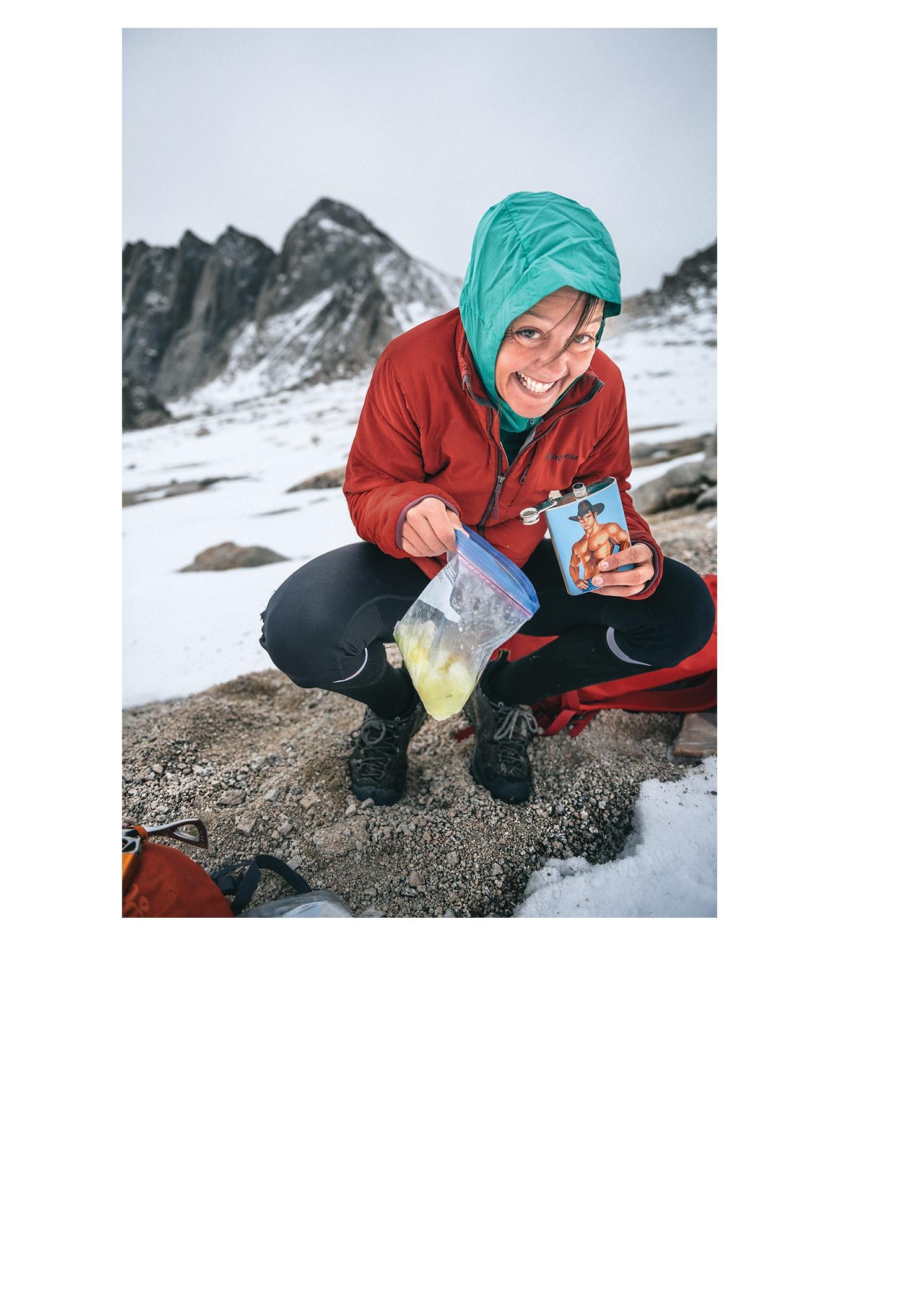Denied her original objective by poor conditions, Jenn Shelton reroutes and shakes up a glacierita.      Sierra Nevada, California. KEN ETZEL